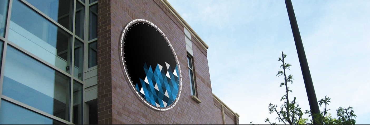 rond spandoekframe aan muur