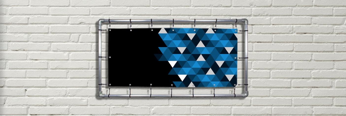 Spandoekframe aan muur